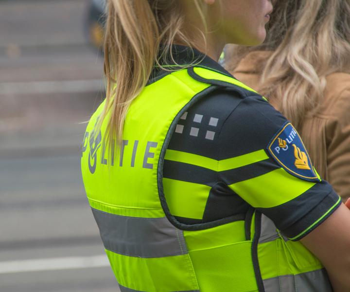 Beugelvrije sport bh voor onder veiligheidsvest politie