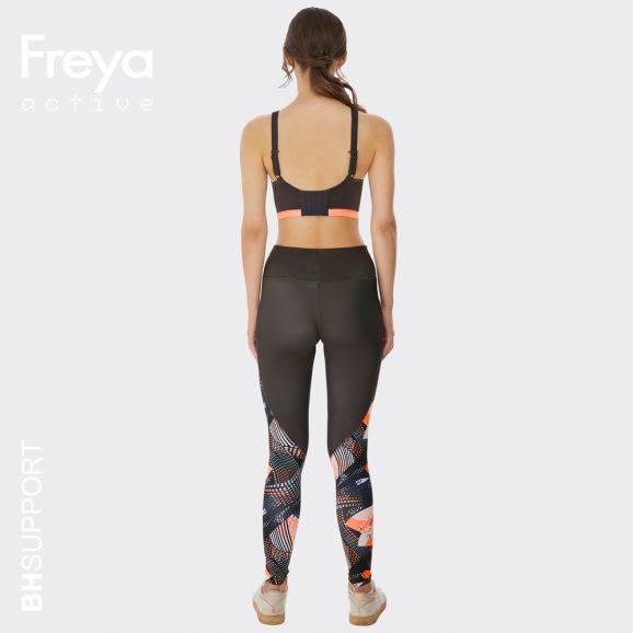 rugzijde van de Epic sport bh van Freya in de kleur digital vision