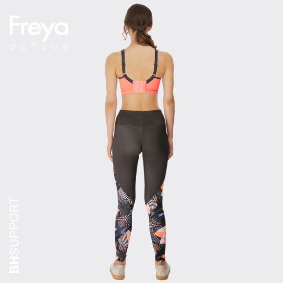 Sport bh Freya sonic in de kleur coral heeft comfortabele schouderbandjes