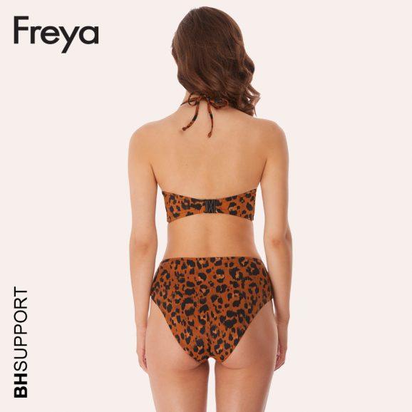 Roar Instinct bandeau bikini top van Freya is te combineren met effen zwart of bijpassende luipaardprint broekjes.