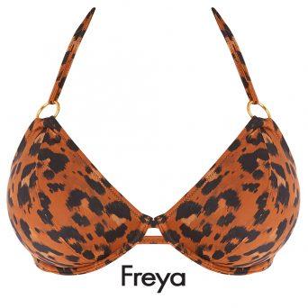Aan de bovenkant van de cups Freya swim Halter bikini top Roar Instinct zijn prachtige gouden ringen verwerkt.