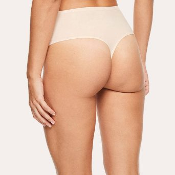 Chantelle softstretch taille string in de kleur nude.